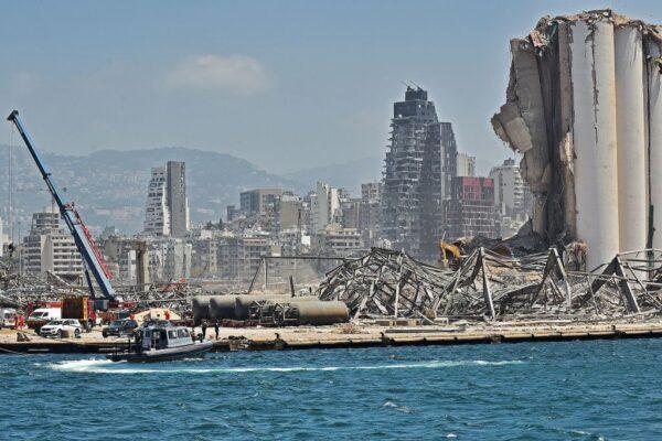 贝鲁特大爆炸相当3.3地震 遗留43米深坑洞