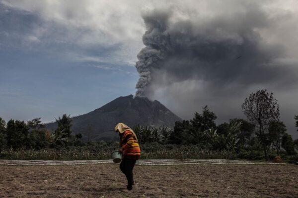 印尼苏门答腊岛南部 连传6.8及6.9浅层地震