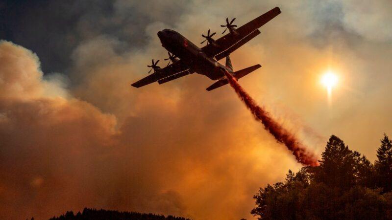 加州野火燒掉6個紐約市 奪走7命4人失蹤