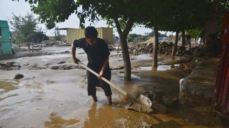 暴雨致洪災 阿富汗首都北方30人罹難