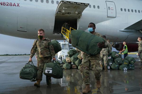 调整驻欧兵力 至少1000名美军将进驻波兰
