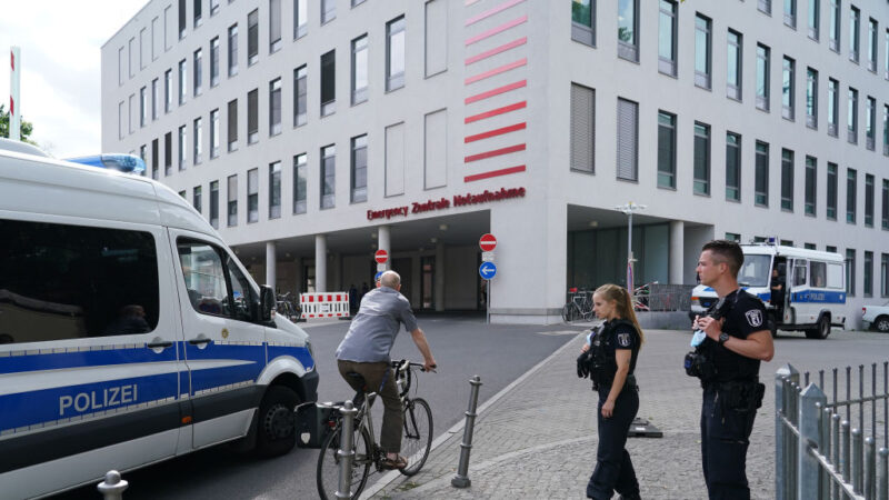 俄反對派領袖送柏林治療 醫院:有中毒跡象