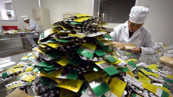 中共学者威胁限药品输美 专家:正中美下怀
