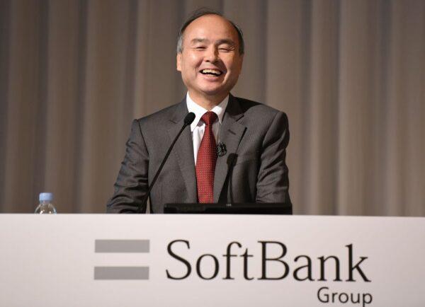 筹资售日本电信子公司股份 软银持股降至4成