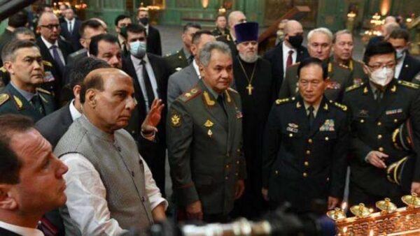 中共軍隊綁架5名印度人 中印防長會晤針鋒相對