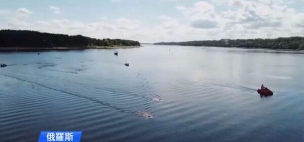 水中能騎車?最酷水下自行車邊潛水邊騎車