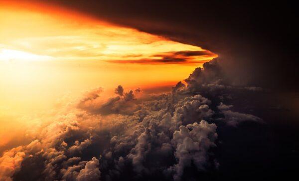 書生神遊天宮 原來世人多從天上來