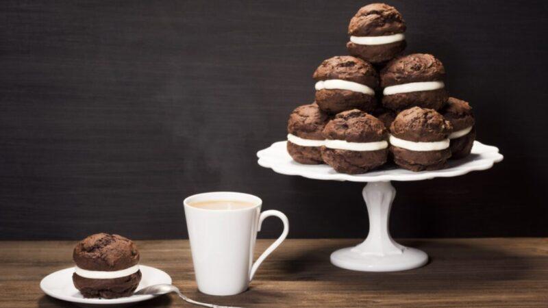 无比派 巧克力蛋糕和浓郁的奶油夹心(组图)