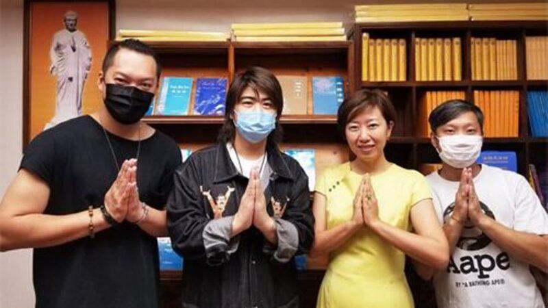亂世綠洲  法輪功天梯書店在香港開張