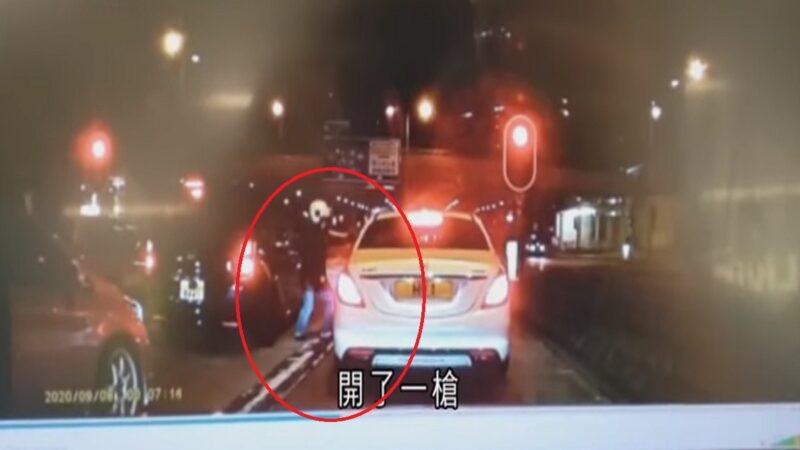 停红灯遭隔窗开枪 港男开车狂飙1.6公里医院求救