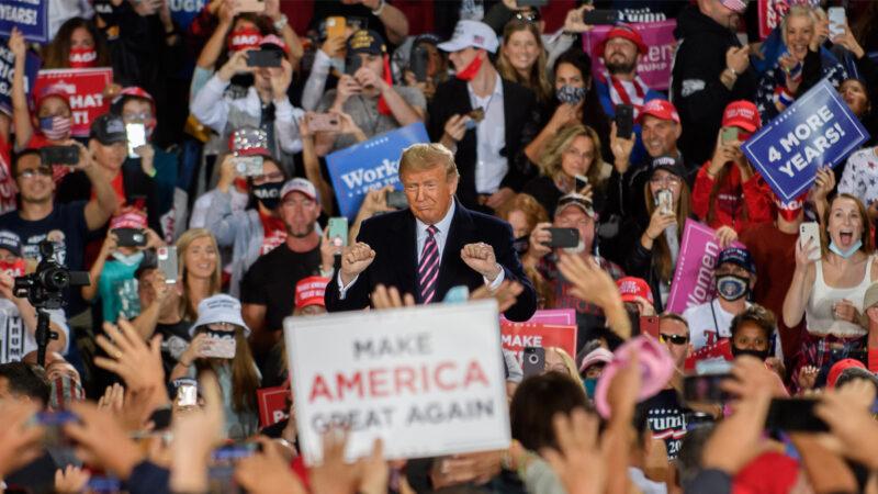 民调:关键年龄组挺川普 支持率高达55%