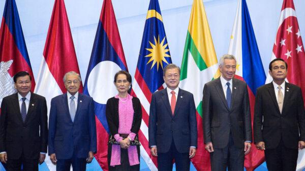 應對中共威脅 蓬佩奧將參加東盟外長會議