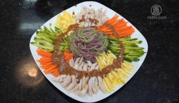 【玉玟廚房】電動麵條機製作彩色蔬菜麵
