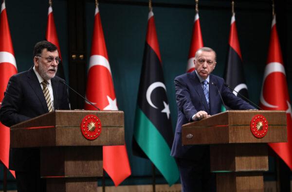 讓利比亞進行大選 總理願下台終結戰亂