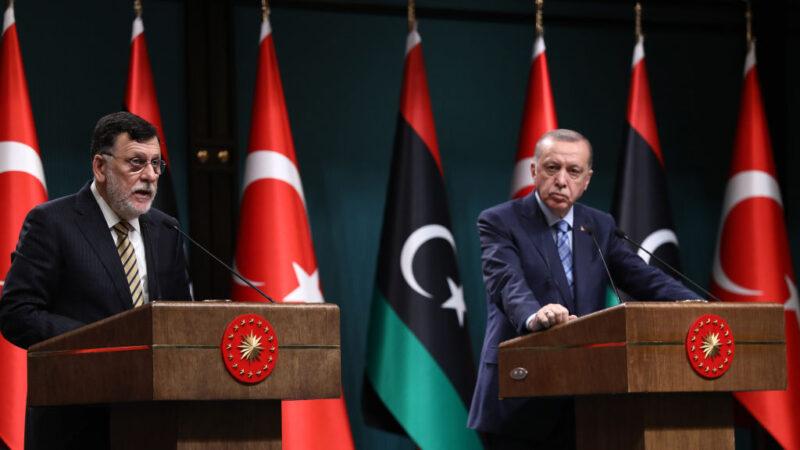 让利比亚进行大选 总理愿下台终结战乱
