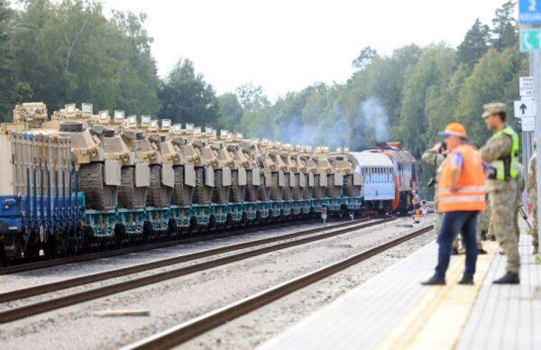白俄大选争议持续 数百美军与战车抵立陶宛演习
