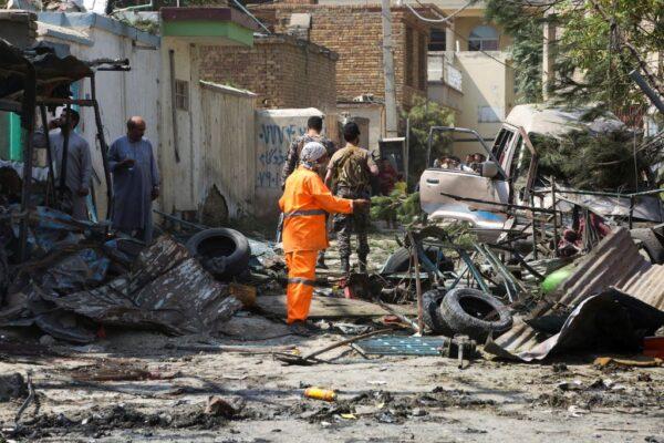 鎖定阿富汗副總統車隊炸彈攻擊 造成10死15傷