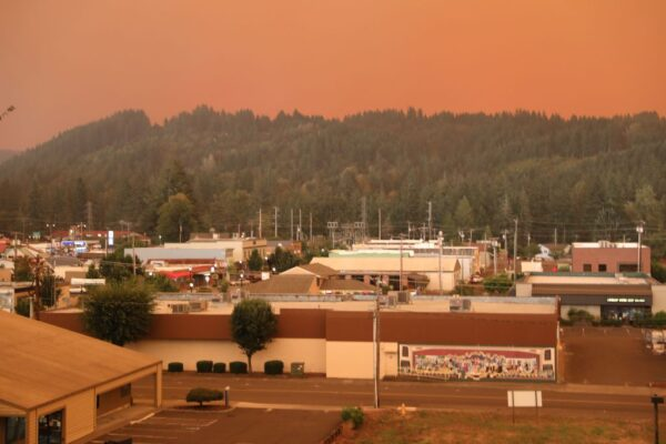 俄勒岡州野火情勢嚴峻 死亡、財損恐破州史紀錄