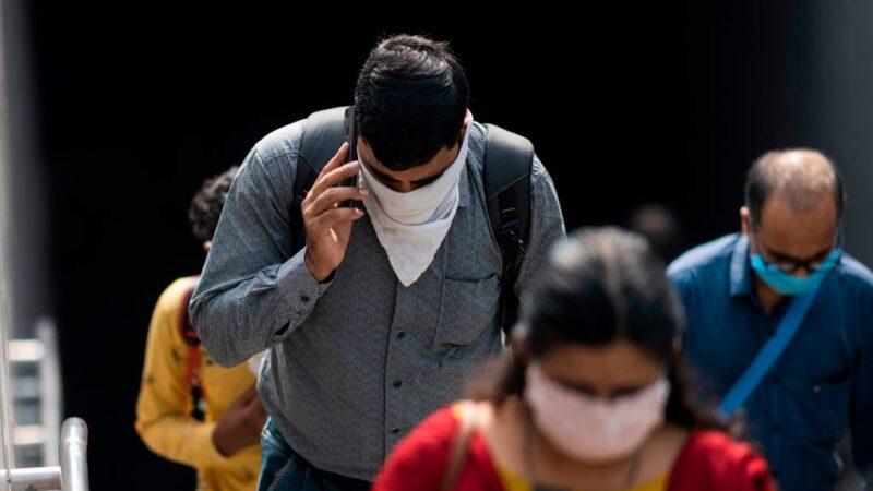 印度11天增百万病例 累计突破500万例