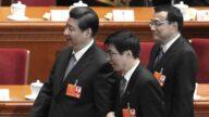 王沪宁质疑声中猛拍习近平 连喊10个伟大