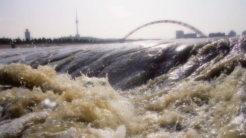 洪災泛濫 習近平倡議「惜食」又要「節水」