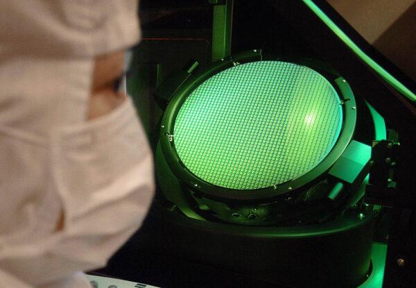 晶圆代工产能吃紧 传联电由客户支付预付款扩产