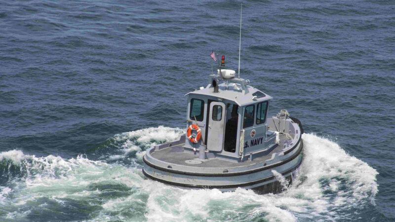 美国海军最小船舰迷你可爱 不到6米长