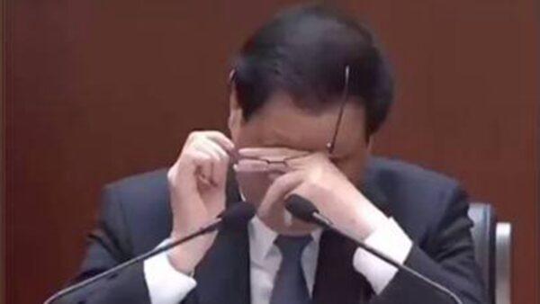 湖北书记应勇提起李文亮等人 当场落泪引热议