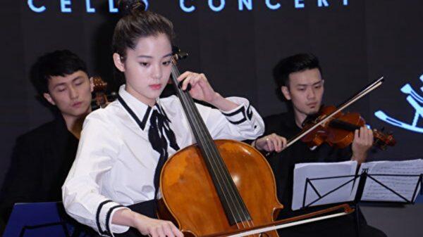 欧阳娜娜和张韶涵应邀央视献唱 陆委会回应一句话