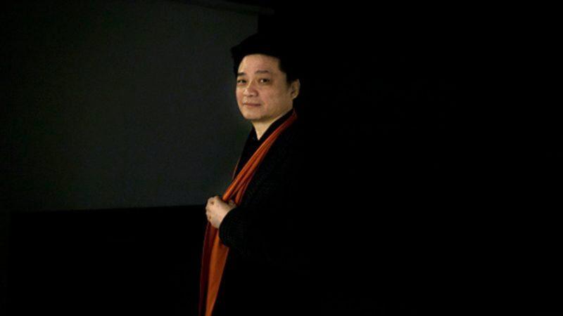 崔永元罕见露面 自稱:只有高音(視頻)