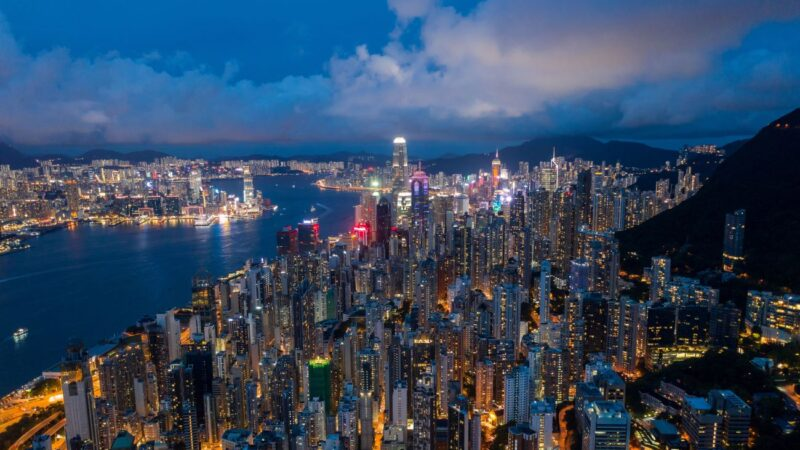 香港投資銀行大陸員工占60% 港人減至30%