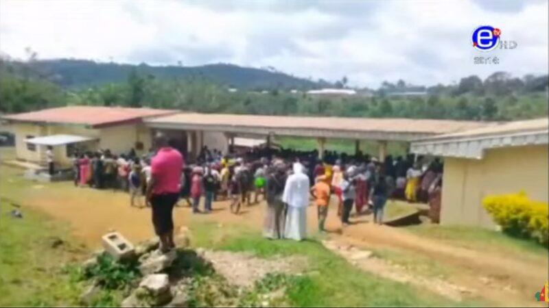 对学童攻击 喀麦隆西南部英语区学校酿8死12伤