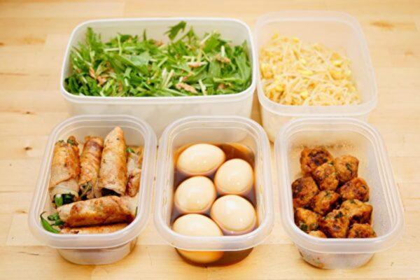 剩菜如何安全加熱? 哪些食物不能煮兩次?