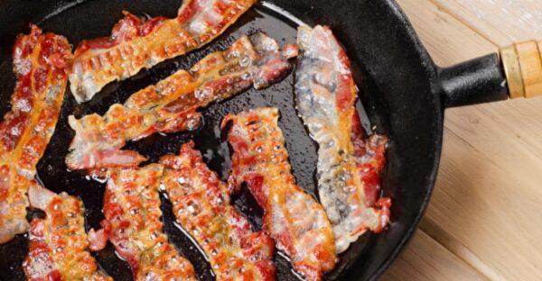 煎出酥脆培根的秘诀 一次烤多量培根的方法