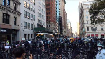 反对强制打疫苗 纽约最大警察工会告市长