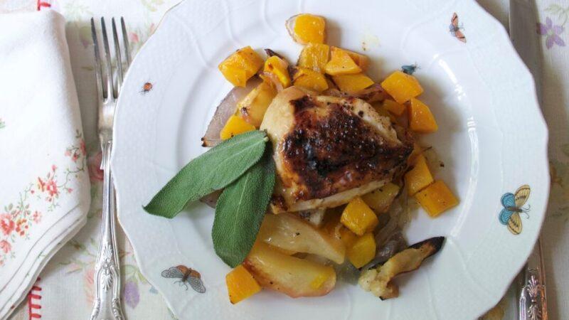 雞腿、蘋果和胡桃南瓜一起烤 美食就是這麼簡單(組圖)