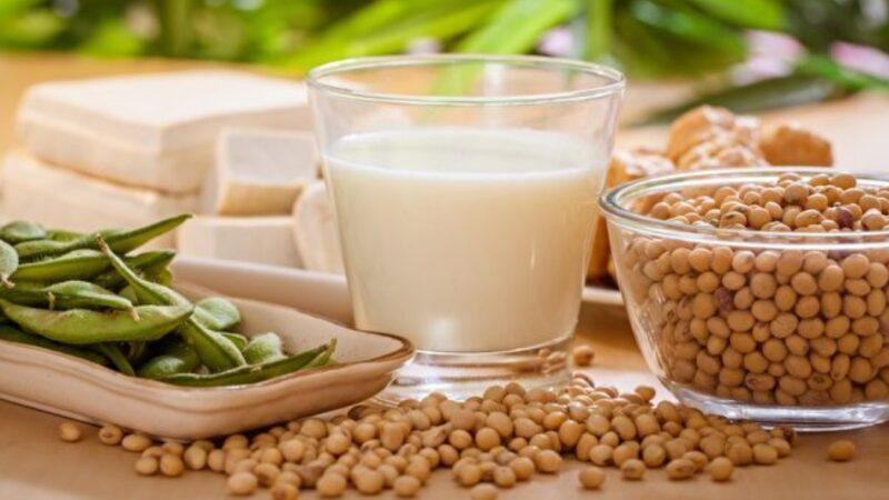 高血脂有3症状!这些食物清胆固醇 让血液变干净