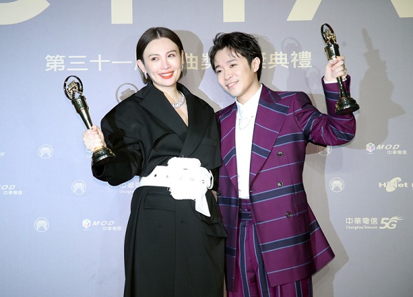 金曲獎第31屆得獎名單 「kinakaian 母親的舌頭」成大贏家