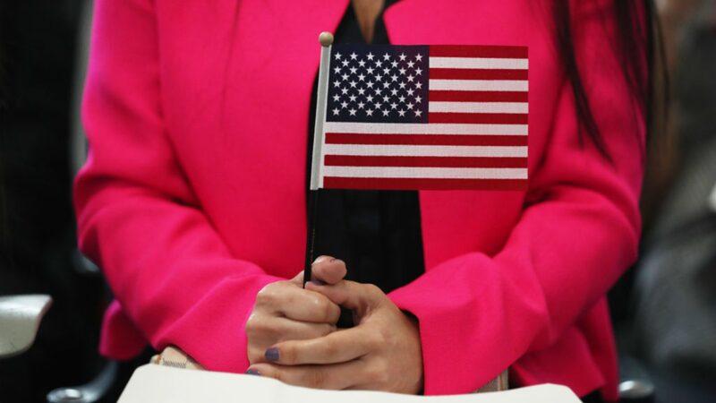 美国禁止党员移民 罗冠聪:共青团、小粉红也受限