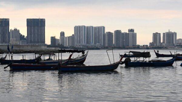 入侵马来西亚水域 60名中国人被捕