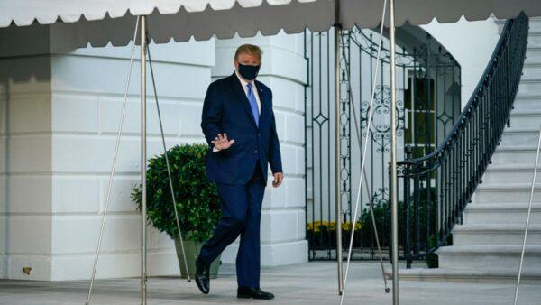 川普離開白宮 乘機前往醫院治療(視頻)