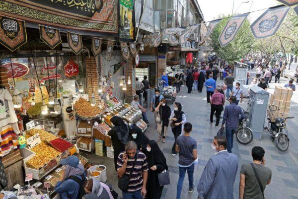 伊朗疫情居高不下 德黑兰强制戴口罩违者罚款