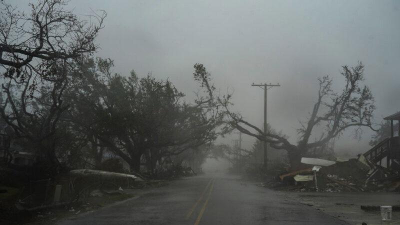 飓风戴尔塔登路州 萝拉重创未平 居民再迫撤离