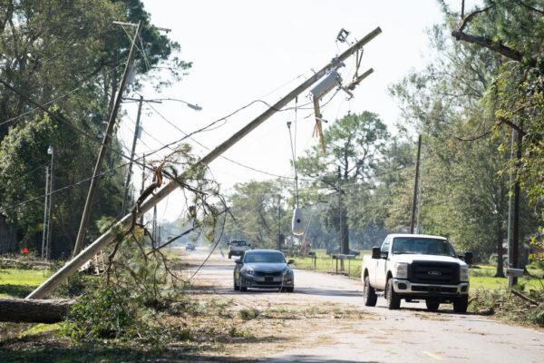 风暴登陆美国创纪录 路州接连被两飓风摧残