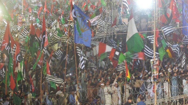 部隊綁架警察局長逼逮捕反對黨 巴基斯坦罕爆軍警交戰