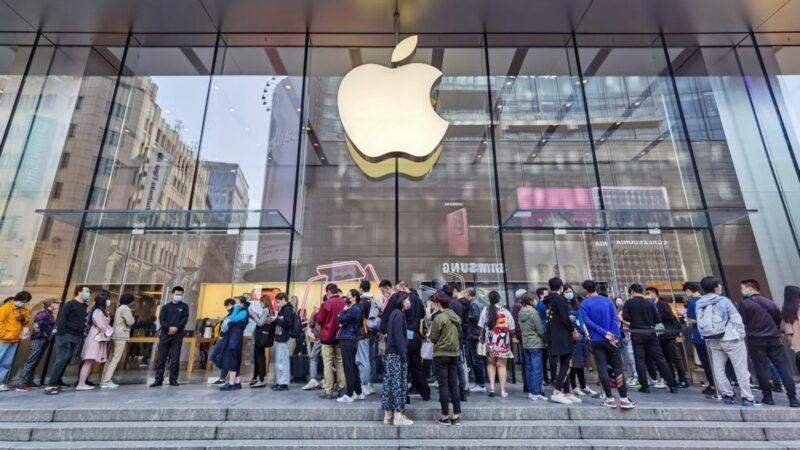 蘋果手機壓倒「抗美援朝」 商店樣品被摸到掉漆