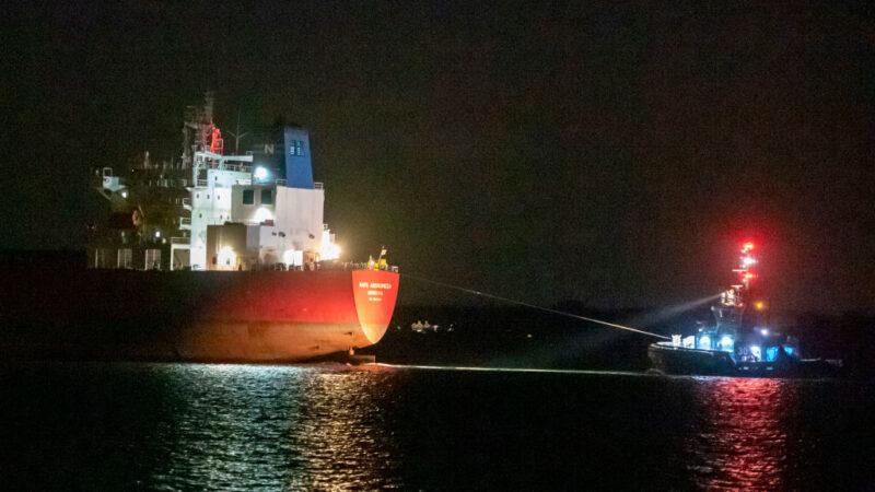 油轮疑遭挟持 英派特种部队攻坚逮7偷渡客