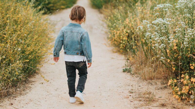 為了給奶奶一個擁抱 10歲童徒步93天2800公里圓夢