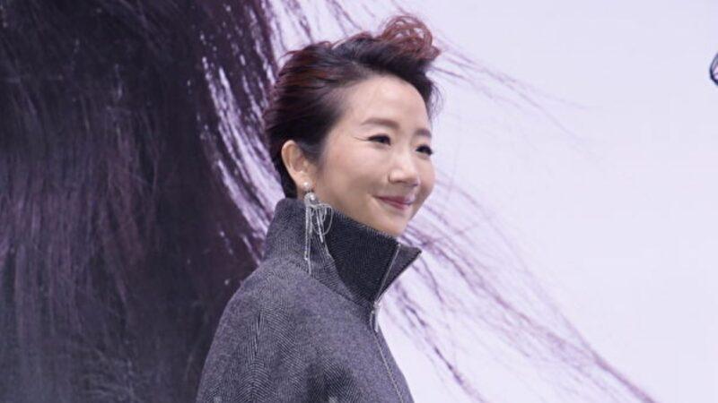 """陶子出道30年首""""攻蛋"""" 承诺歌迷:唱好唱满"""