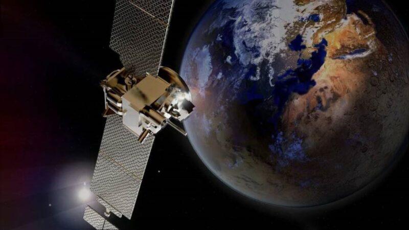 """NASA好奇号火星上拍到""""女孩人脸"""" 轮廓清晰"""